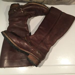 GORGEOUS RUGGED LINED UGG LEATHER BOOTS SIZE 8.5